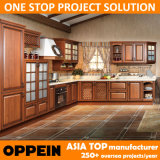 Oppein E0 Classic PP L-Shape Wooden Kitchen Cabinets (OP14-035)