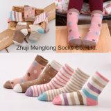 Wholesale Big Quantity Cheap Price Girl Cotton Socks
