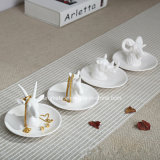 White Ceramic Animal Shaped Home Decoration (CC-02)
