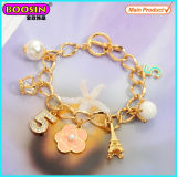 Fashionable Metal Gold Plated Eiffel Tower Charms Bracelet