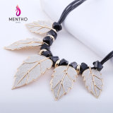 New Design Leaf Style Fashion Costume Jewelry Pendant Alloy Necklace