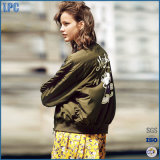 2017 New Design Hot Army Green Jacket with Waterproof for Girl