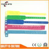 13.56MHz PVC Disposable RFID Bracelet