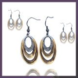 Luxurious Jewelry Designs Teardrop Pendant Earring for Party Engagement