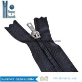 Quality Guarantee Wholesale Open-End/Close-End/Double Sliders/Invisible Plastic/Nylon Zipper for Sale