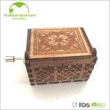 2017 Popular High Quality Wooden Engraved Hand Crank Music Box for Antique Gifts