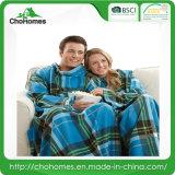 100% Polyester Blanket with Sleeve TV Blanket 137*180cm