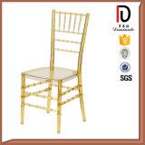 Foshan Modern Royal Wedding Tiffany Chair, Beautiful Chiavari Chairs (BR-C173)