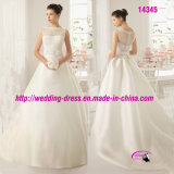 Satin Nice Full Bridal Wedding Dress with Flower at Waist