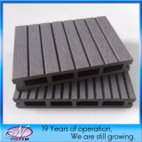 Wood Plastic Composite WPC Decking Fence for Outdoor Flooring
