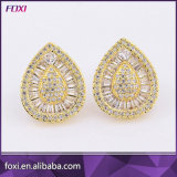 Elegant Designs Pave Setting Jewelry Cubic Zirconia Stud Earrings for Women