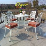 Beautiful High Comfortable Metal Garden Tables and Chairs (HG567)