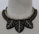 Lady Fashion Charm Crystal Leaves Costume Chunky Choker Necklace (JE0101)