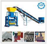 Qtj40-1 Semi-Automatic Vibrating Concrete Block Molding Machine Price