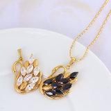 Xuping 18k Gold Fashion Jewelry Cubic Zirconia Pendant Jewelry