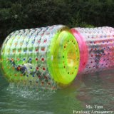 2015 Professional Fwulong TPU&PVC Inflatable Water Roller for Pool