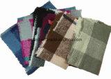 100% Acrylic Yarn Dyed Scarf Checked Shawl with Tassel for Women (ABF22004007)