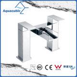 UK Waterfall Double Handle Bathtub Faucet (AF6010-2)