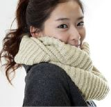100% Acrylic White Warp Knitted Neck Scarf