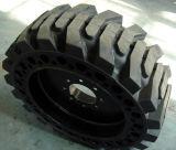 China Solid Skidsteer Tyre 10-16.5 12-16.5 14-17.5 15-19.5 Skid Steer