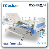 Good Price! Medical Nursing Bed for Patient, 3 Cranks Manual Hospital Bed with Ce&ISO