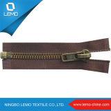 Fashion Colored Metal Zipper Wholesale