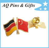 Flag Crossed Metal Badge with Soft Cloisonne Lapel Pin (badge-051)