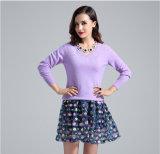 Women′s V Neck Cashmere Sweater (13brdw025)