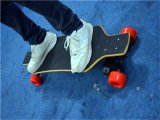 No Foldable Ce/RoHS Four Wheel Electric Skateboard with Remote Controller