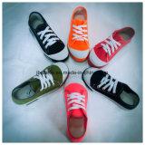 China Factory Produce Cheap PVC Canvas Shoe