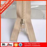Expert Logistice Ensures Delivery Quickly High Quality Resin Zipper