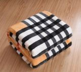 Wholesale 100% Polyester Supe Soft Flannel Fleece Blanket