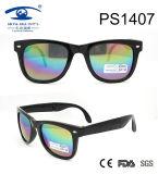2017 Popular Fashion Design Plastic Sunglasses (PS1407)