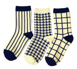 Women′s Cotton Crew Socks (WA027)