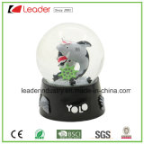 Polyresin Shark Snow Globe for Home Decoration, Custom Water Globe Dome Ball