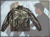 Simple Men′s Jacket for Winter Wear
