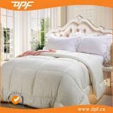 Factory Directory Wholesale Price Microfiber Comforter (DPF061065)