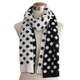 Ladies Winter Fashion Acrylic Knitted Scarf (YKY4312)