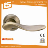 Zinc Alloy Aluminum Door Handle on Rose (ZK-Y5970)