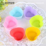 7cm Heart-Shaped Rubber Cup Cake Mold with 7*5.5*3.5cm