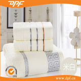Durable Factory Directly Sell Soft Bath Towel (DPF060585)