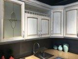 2017 Elegant Luxury Solid Wood Kitchen Cabinet Furniture
