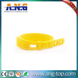 ISO18000 Adjustable RFID UHF Silicone Wristbands for Hospital