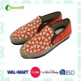 Women′s Casual Shoes, PE Sole with Bright Color