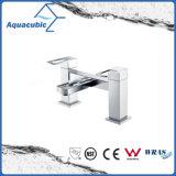 Top-Mount Chromed Double Holes Dual Handle Bathtub Faucet (AF3781-2)
