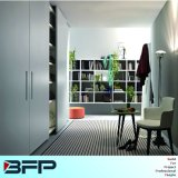 White Lacquer Modern Wardrobe Cabinet with Sliding Door