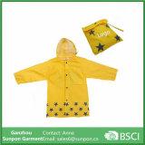 Waterproof Cartoon Children′s Raincoat for Kids Aged 4-12