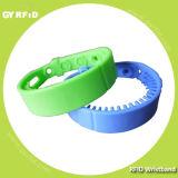 Reusable UHF Gen2 Wristband Reach up to 2meter (GYRFID)