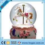 Christmas Musical Snow Globe OEM Snow Ball