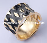 Good Quality Fashion Alloy Bangle